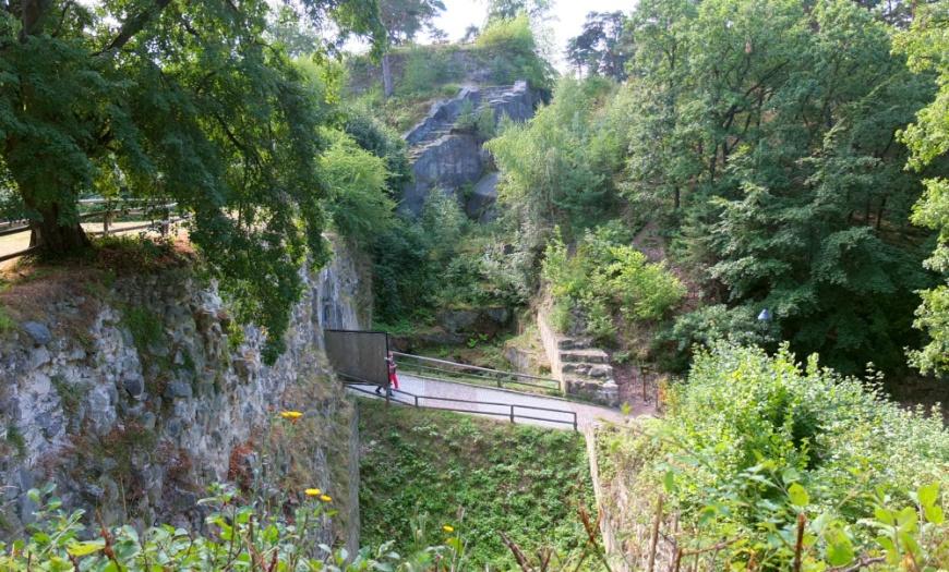 Torkurtine der Festung Regenstein. August 2013