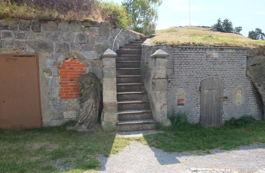 Festung Regenstein - Aufgang zum Bollwerk Mühlberg.