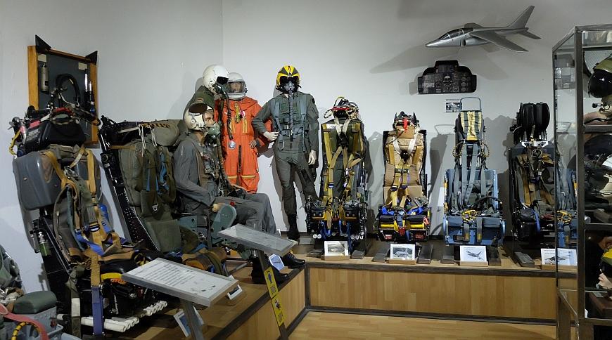 Luftfahrtmuseum Wernigerode - Schleudersitze und Pilotenausrüstung