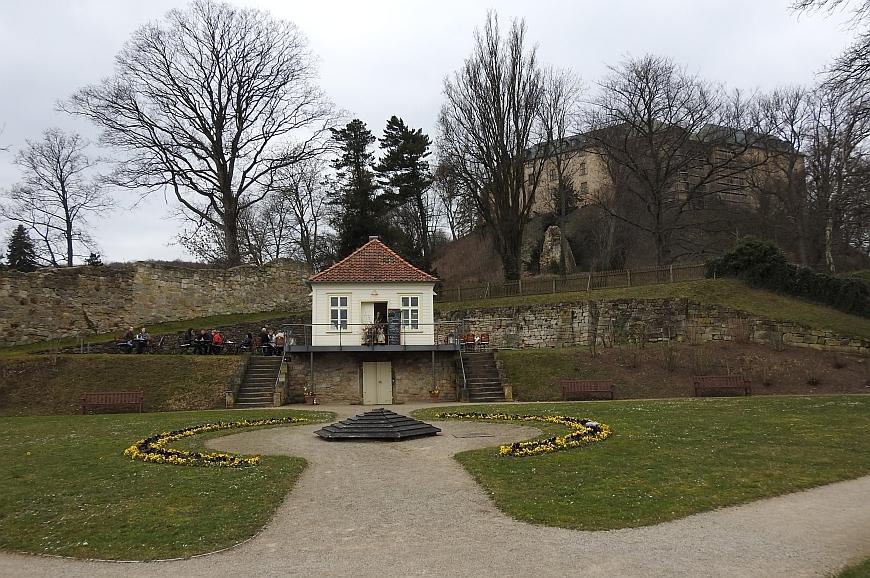 Schloss Blankenburg - Cafe im Schlosspark