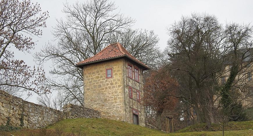 Schloss Blankenburg - Mauerturm in der Vorburg