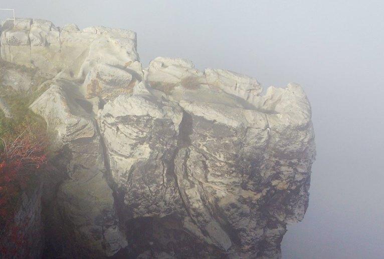 Festung Regenstein - Verlorener Posten im Nebel (Foto: St. Müller)