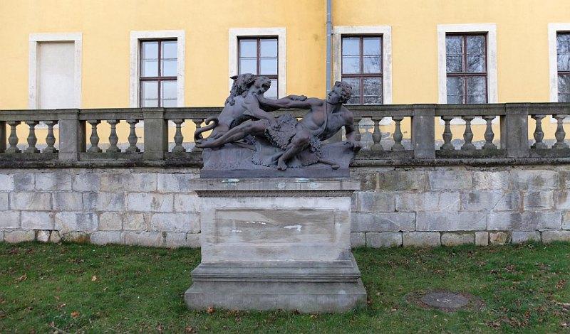 Ballenstedt - Skulptur im Schlosspark