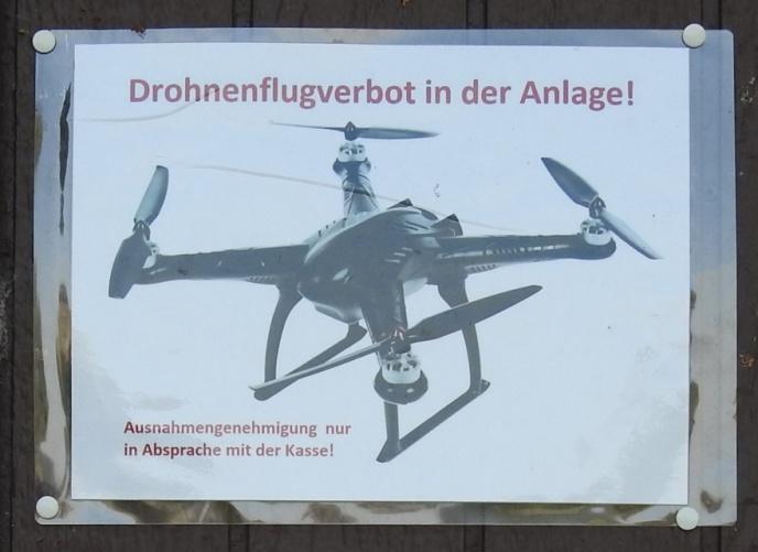 Burg Regenstein - Drohnen (Foto: Juli 2018)