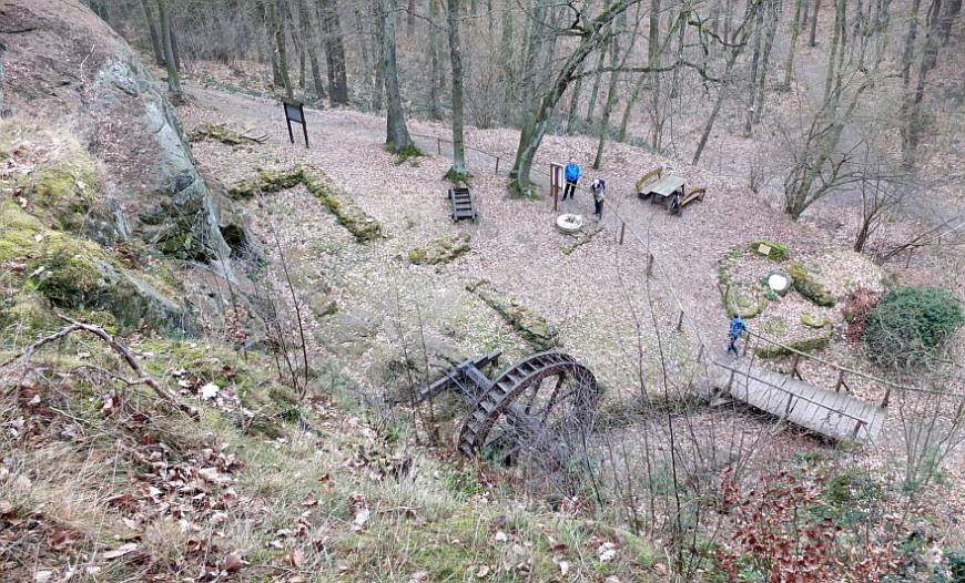 Burg Regenstein - Plateau über der Regensteinmühle (Foto: G. Silex)