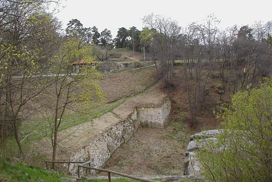 Festung Regenstein - Blick auf die westliche Flanke